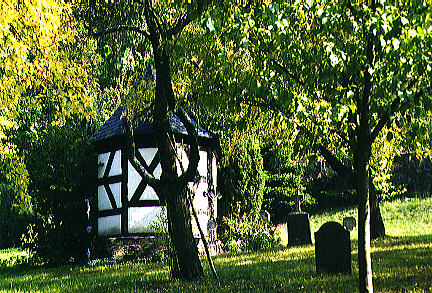 Graveyard by the chapel from Bürder